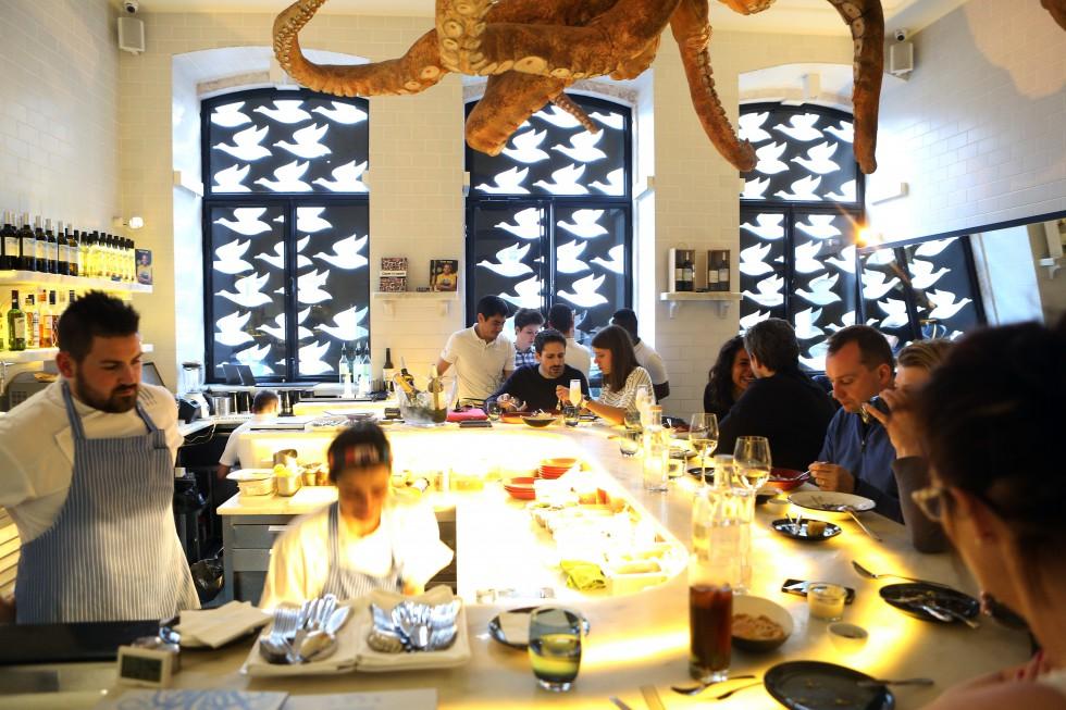 Lisbon-Chef-Kilo-Martins-Im-Fong-Liu-Jeroen-Snijders-A-Cevecheria-01